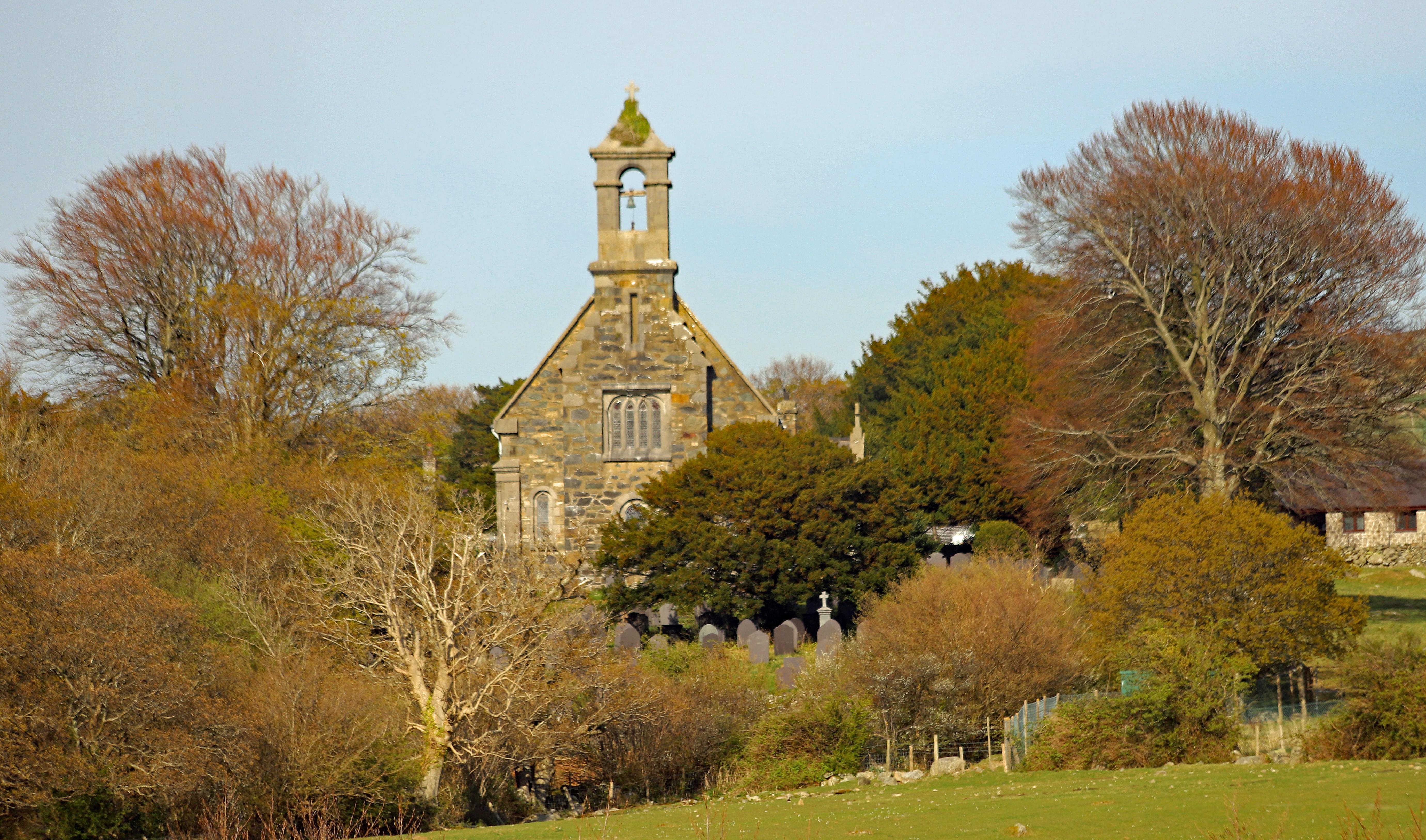 Eglwys Llan